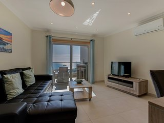 Luxury apartment with sea view in Carvoeiro centre. Carvoeiro Bay N