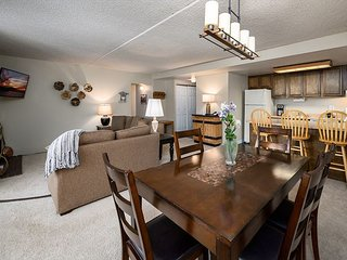 Trails End 507 Condo: Ski-In/Out, Great Value!