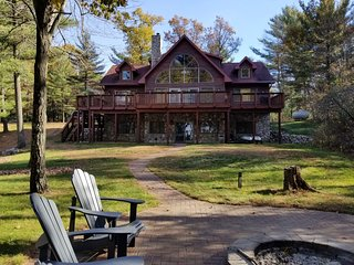 Sanctuary Shores on Castle Rock Lake, near WI Dell