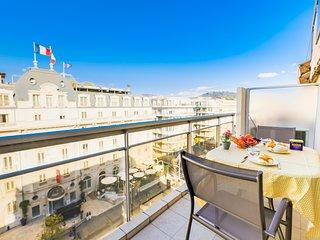 LE FRANCIA AP4183 by Riviera Holiday Homes