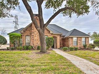 NEW! Modern Family Home; Shop, Dine & Visit Dallas