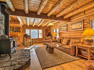 NEW! Custom Cabin w/ Private Deck, 5 Mi to Hiking!