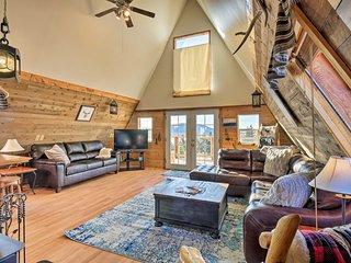 NEW! Classic Cabin w/ 360 Mtn View, 30Mi to Breck!