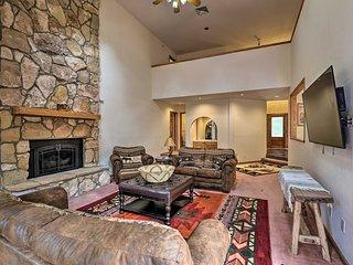 Main House w/Game Room, 5Mi to Dwtn Flagstaff