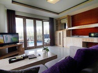 1 Bedroom Privat Pool Villa - Breakfast#GreenFLV