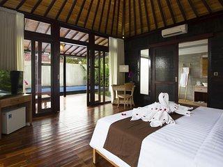 1 Bedroom Pool Villa - Breakfast#VrindU