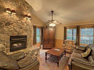 Hosteeva | Creekside Lodge w Views | Gated Community