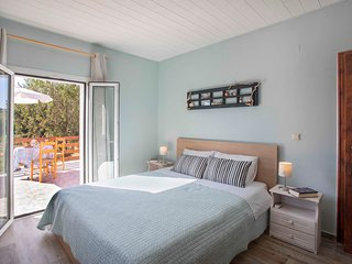 Wheelchair-friendly 2bedr. Cottage with large garden