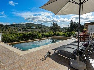 New! Villa DAVYVIC
