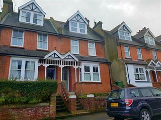 3 bedroom house in old town Eastbourne, close to the South Downs