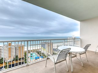 Corner condo with Gulf/lagoon views, beach access & shared pools/lazy river!