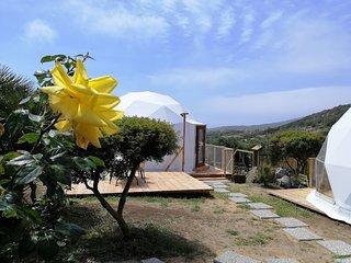 dome cupola geodetica per  4 persone in agricampeggio Capo Sperone
