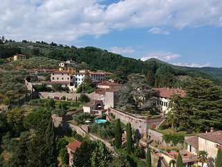 Villa Leoni. Three bedrooms, two bathrooms with view