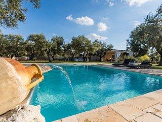 Carpignano Salentino Holiday Home Sleeps 5 with Pool Air Con and WiFi - 5823812