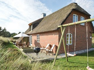 Stunning home in Rømø w/ WiFi and 3 Bedrooms (R10326)
