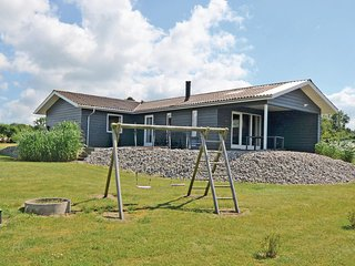 Amazing home in Millinge w/ Sauna, WiFi and 3 Bedrooms (G52536)
