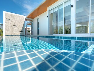 Signature Private Pool Villa Near Nai Harn Beach with 3 Bedrooms