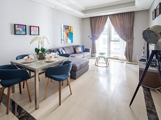 Spacious & Adorable 1BR in Downtown Dubai
