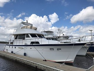 53' Hatteras-Never Better