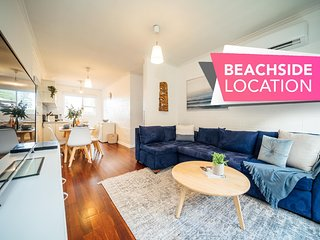 Urban Beach Shack-Metres from the Beach & Cafes