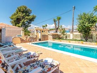 Casa unica, piscina privada. Playa