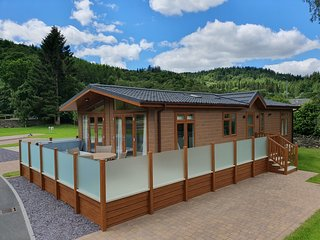 The Llyn Dinas Lodge at Hendre Rhys Gethin Betws-y-Coed Snowdonia National Park