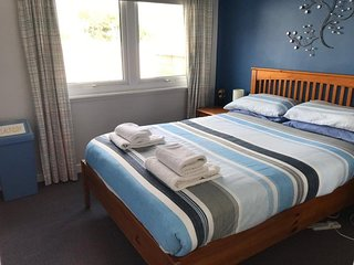 2 Bedroom Self catering holiday home, nearby beach
