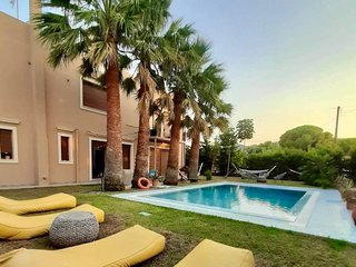 Luxury Mansion Rhodes, Ialysos, Private Pool, 5 Bedrooms
