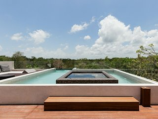 Architect Villa 20 Guests Arty with Rooftop Pool Jacuzzi