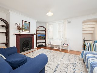 Charming Centrally Located 2 Bedroom with Parking