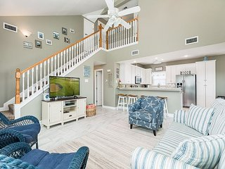 New Sea Isle Home with Fenced Yard, Outdoor TV & Pool Access | Walk to Beach