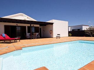 Villa Campesina with Private Pool Tomaren