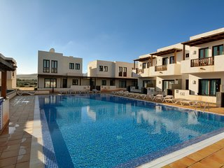Villa Juliet with Share Pool in Puerto Calero
