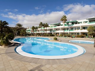 Gemma Apartment Costa Teguise Share Pool
