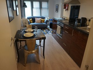 Toothbrush Apartments 1 bed Apartment, Waterfront (Grd Flr)