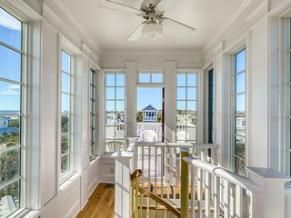 Gorgeous two-home property with large porches - steps to beach & dining!