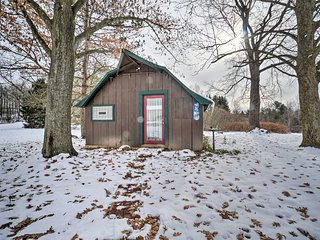 NEW! Peaceful Cabin Retreat Near Chautauqua Lake