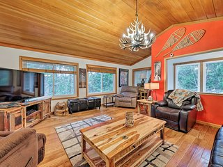 NEW! Inviting Arnold Cabin w/ Ping Pong, Darts, TV
