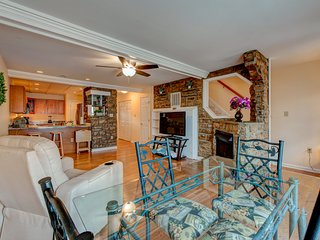 Dog-friendly lakefront home w/ firepit, water views, & shared tennis courts!