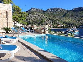 Villa Silencia - Two-Bedroom Villa with Private Pool and Sea View