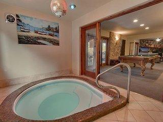 Cedar Ridge Lake-house, 5 Bedroom in a beautiful quiet neighborhood (ZC221)