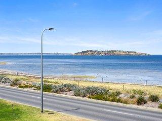 Illuka 2 - Stunning 180 Degree Coastal Views