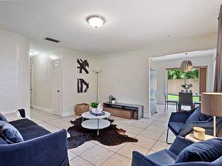 Cozy 2 bedroom apartment in Coconut Grove!