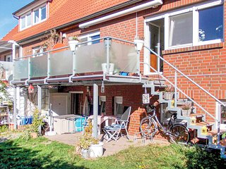 Stunning home in Kühlungsborn with WiFi and 1 Bedrooms (DMK329)