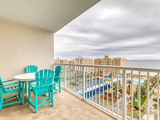 Newly upgraded condo w/ shared pools, hot tub, lazy river & beach breezeway