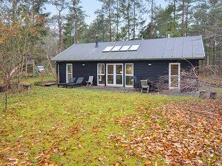 Amazing home in Ebeltoft w/ 3 Bedrooms (D13169)