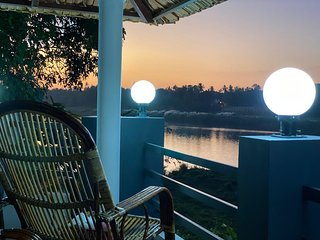 Aqua Water Front Resort Periyar River View Villa
