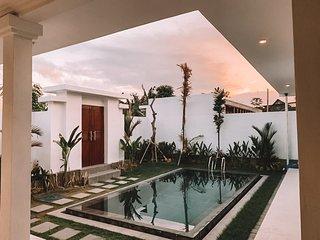 Rrand New Villa in Umalas Near Canggu Near Seminyak Best Location 5 Minutes Only