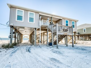 Gulf - front house w/ beach access, free WiFi, and central location!