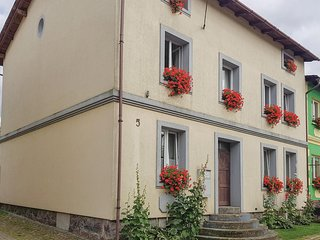 Amazing home in Unknown w/ WiFi and 3 Bedrooms (PPO292)